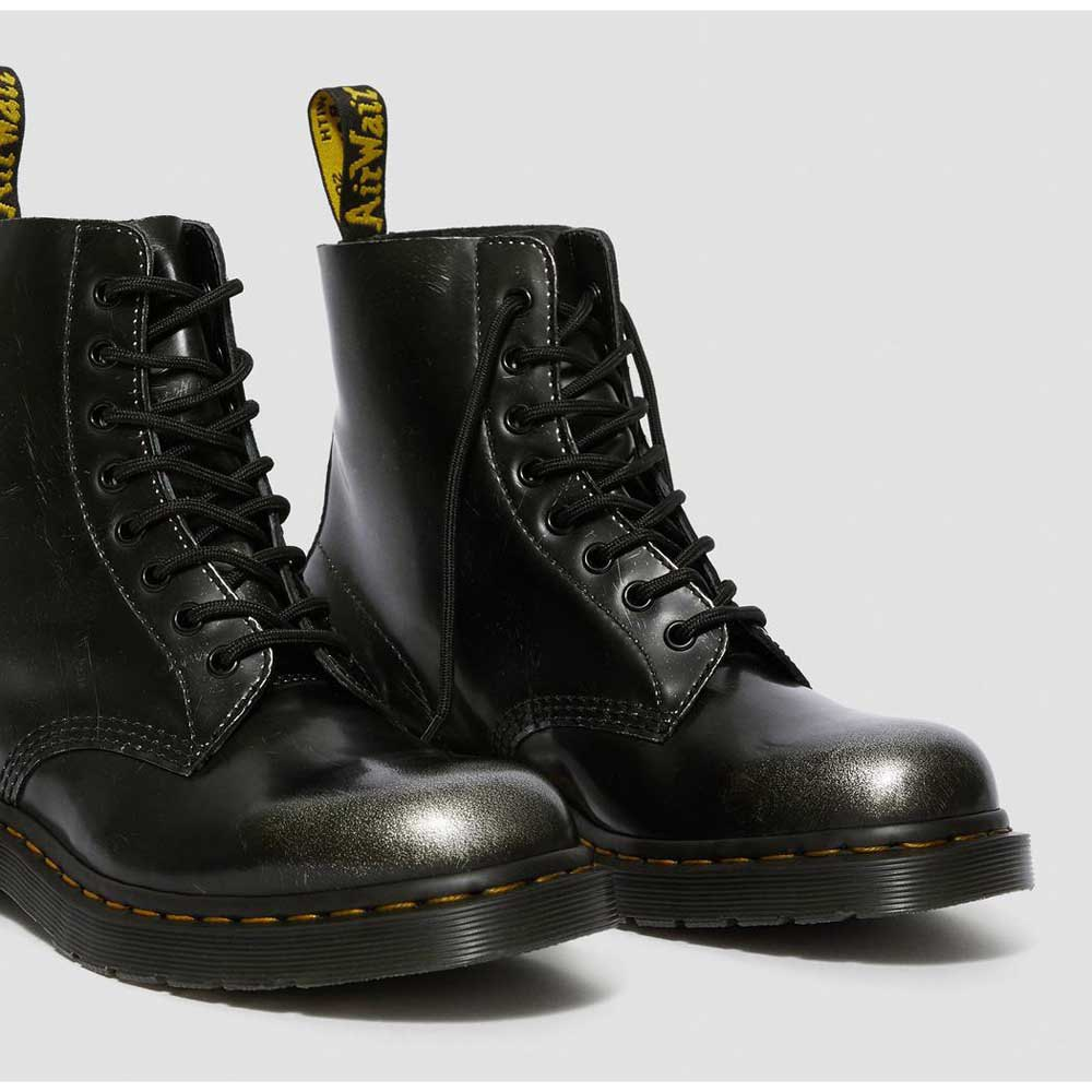 dr martens pascal 8 eye boots
